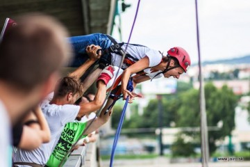 Zamilovaný zoskok z mosta Lafranconi pre pár aj s videom