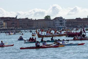 Vogalonga 2017 – kajakom cez Benátky
